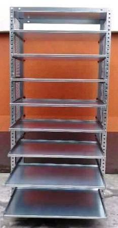 Regał ocynkowany z 8 wysuwanymi półkami (wymiary: 2000x940x400 mm, obciążenie półki: 40 kg) 77156807
